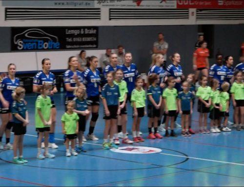 Weibliche Minis schnuppern Bundesligaluft